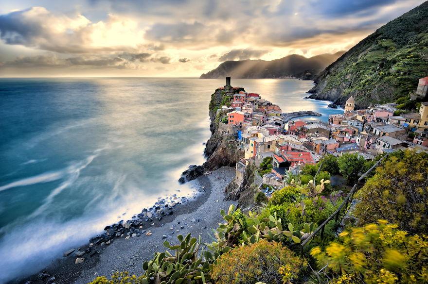 Городок Вернацца, провинция Специя, Италия