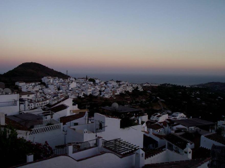 Фрихилиана, Испания