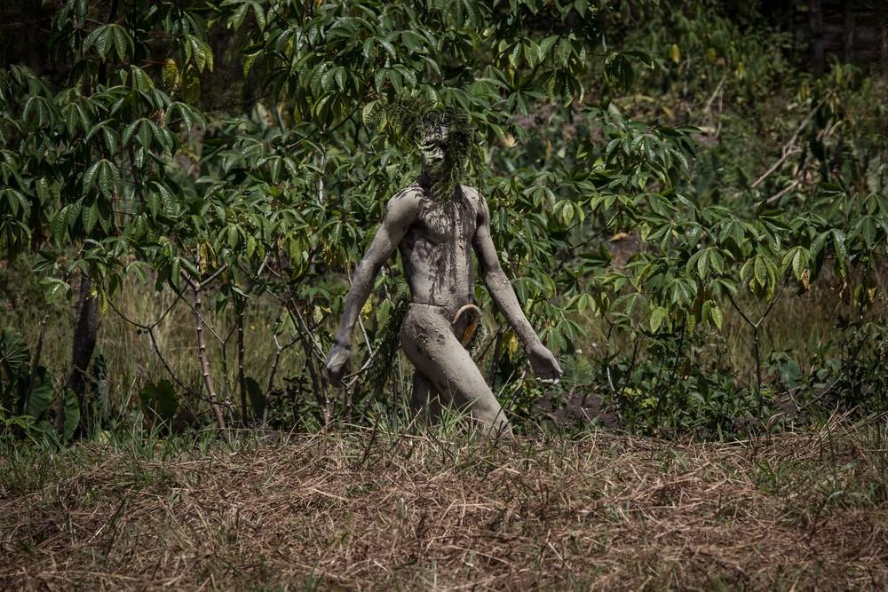 Племена папуасов - фоторепортаж из долины Балием - 10