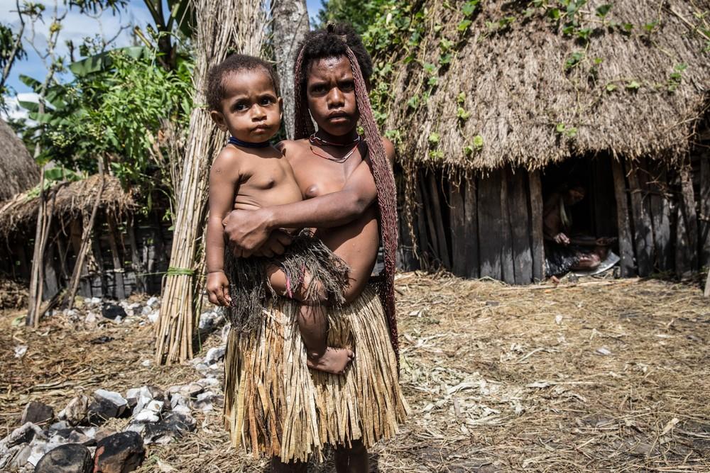 Племена папуасов - фоторепортаж из долины Балием - 11