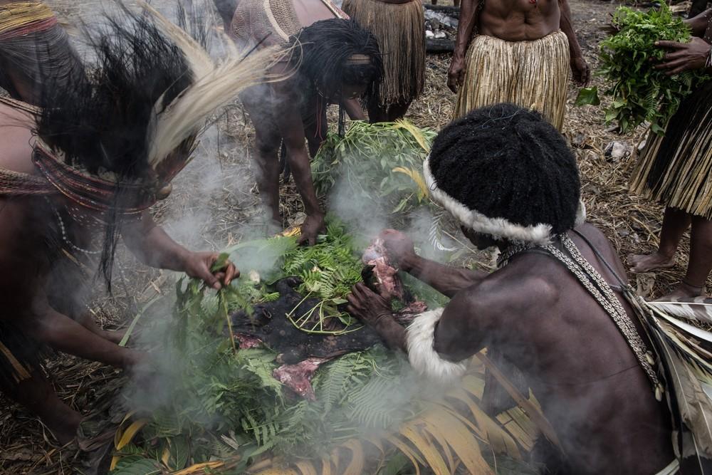 Племена папуасов - фоторепортаж из долины Балием - 7