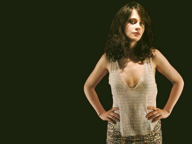 Zooey-Deschanel-top-1