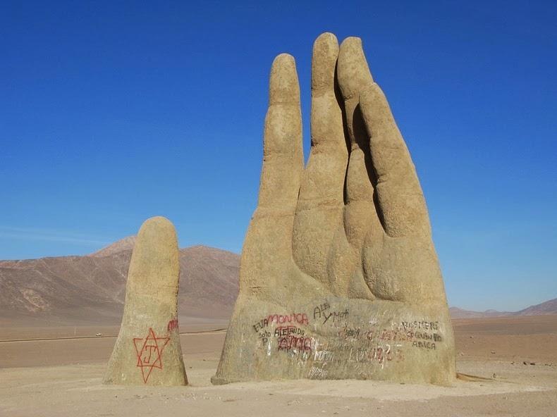 hand-of-atacama-22