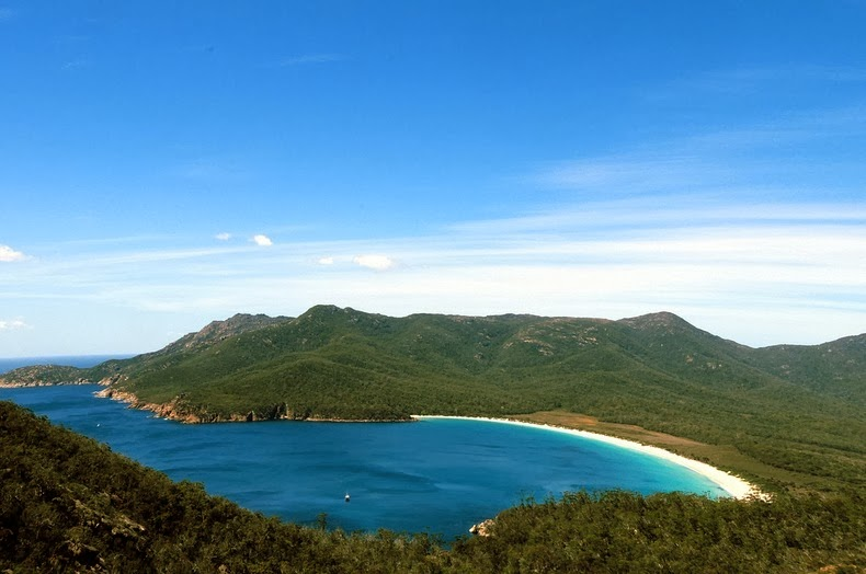 wineglass-bay-86
