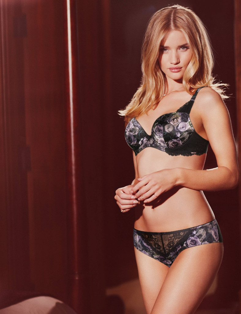 Rosie-Huntington-Whiteley-Autograph-lingerie-5-787x1024
