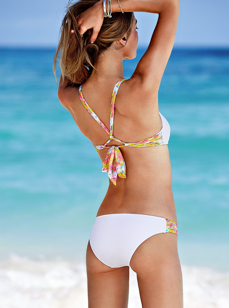 Camille-Rowe-VS-swimwear-13