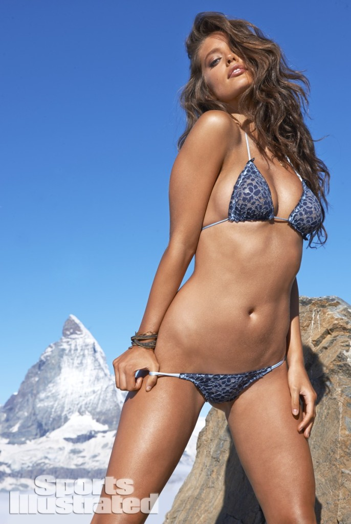 Emily-Didonato-Sports-Illustrated-Swimsuit-2014-22-686x1024