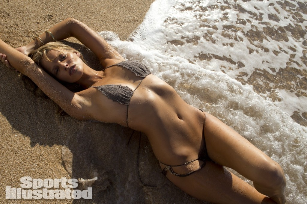 Marloes-Horst-Sports-Illustrated-swimsuit-2014-9-1024x681