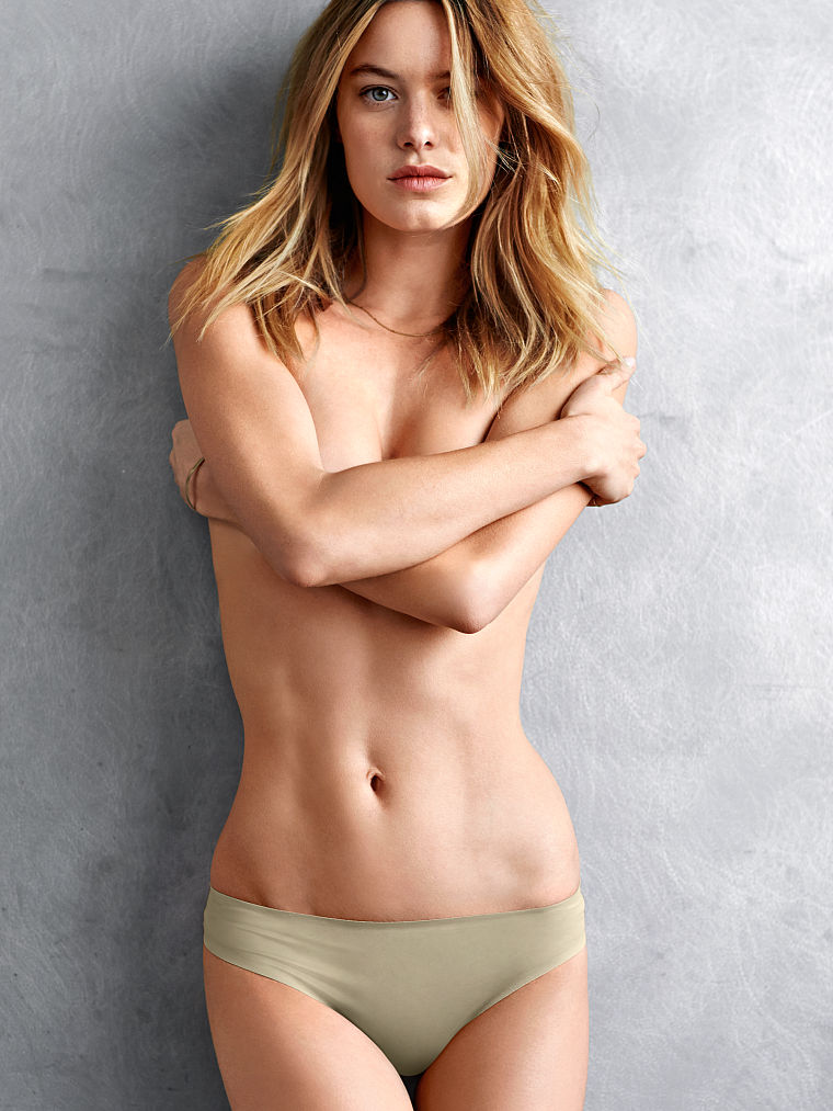 Camille-Rowe-foto 15