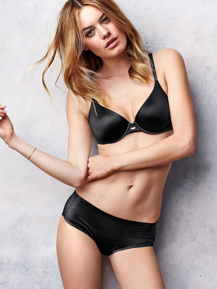 Camille-Rowe-foto 3