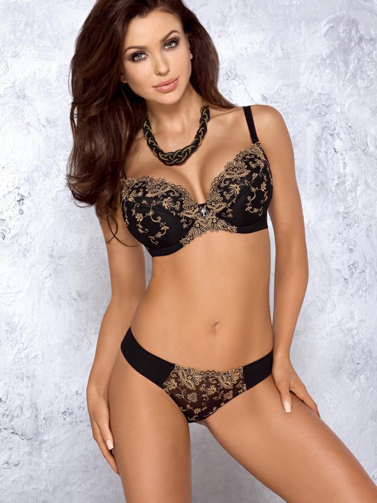 Monika-Pietrasinska-supermodel 10