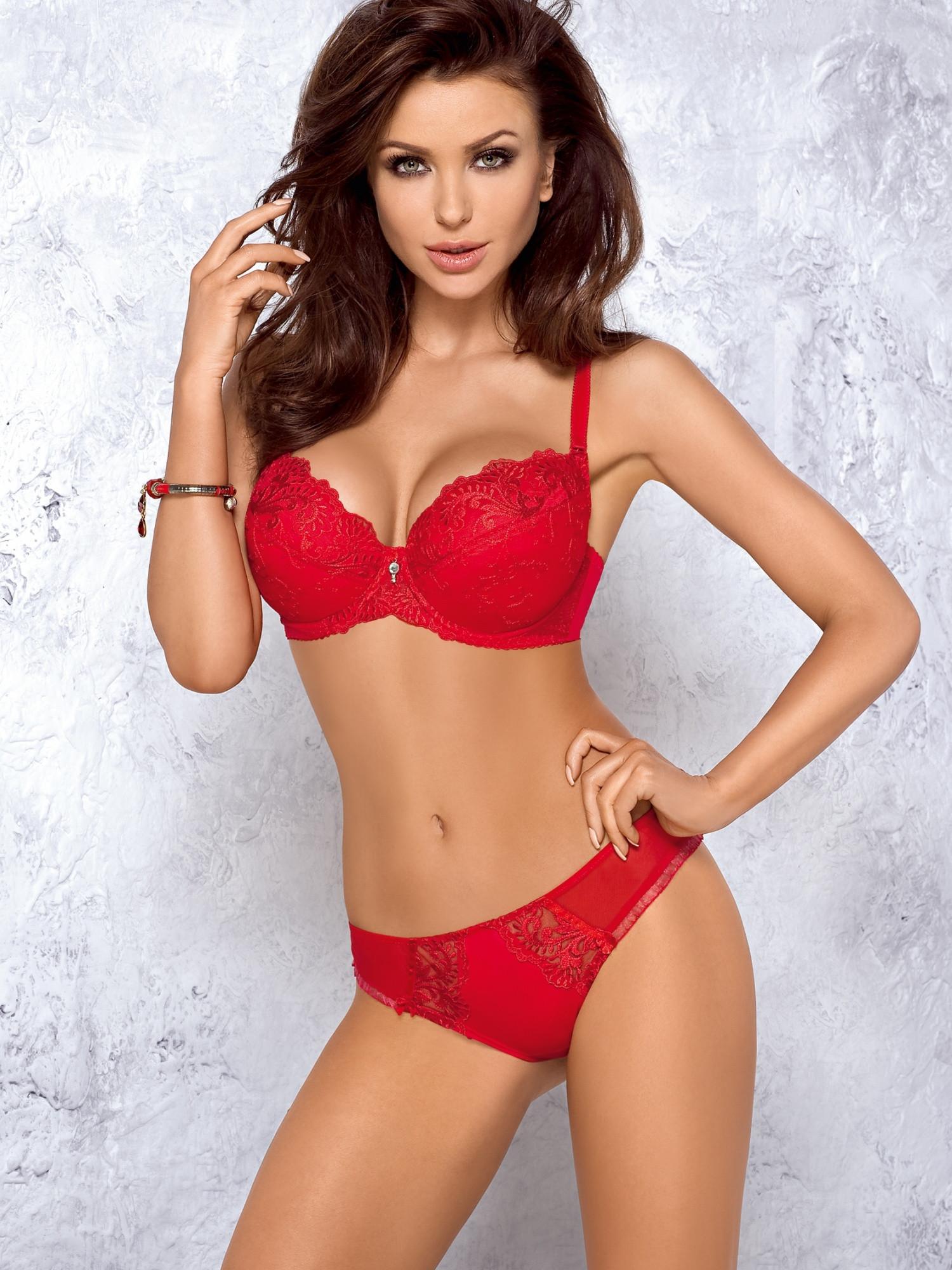 Monika-Pietrasinska-supermodel 3