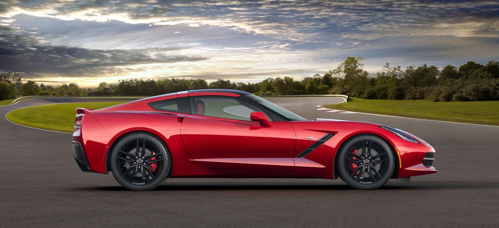2014-Chevrolet-Corvette-Stingray-C7-3