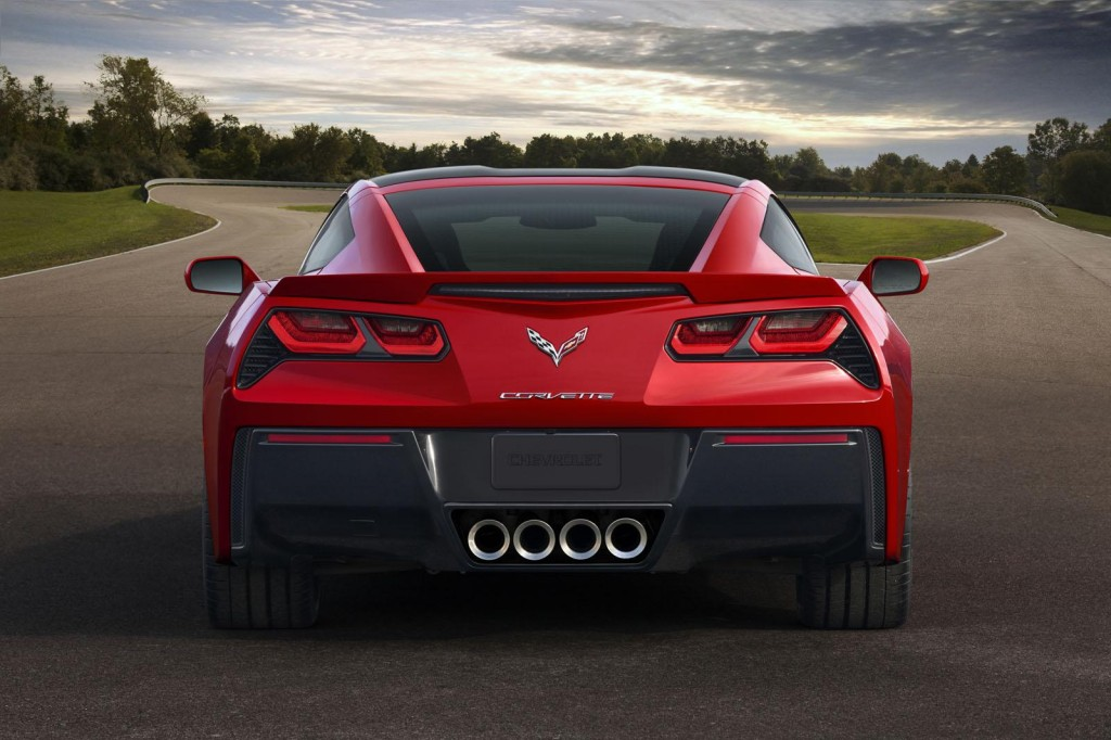 2014-Chevrolet-Corvette-Stingray-C7-7-1024x682