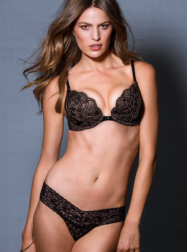 Cameron-Russell-VS-lingerie-10