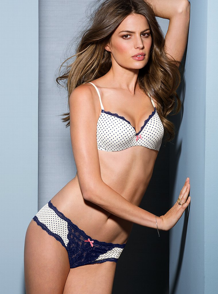 Cameron-Russell-VS-lingerie-11
