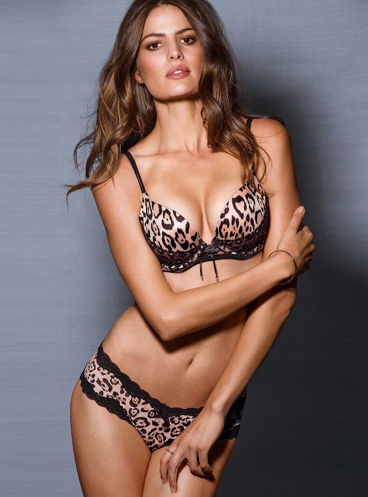 Cameron-Russell-VS-lingerie-12