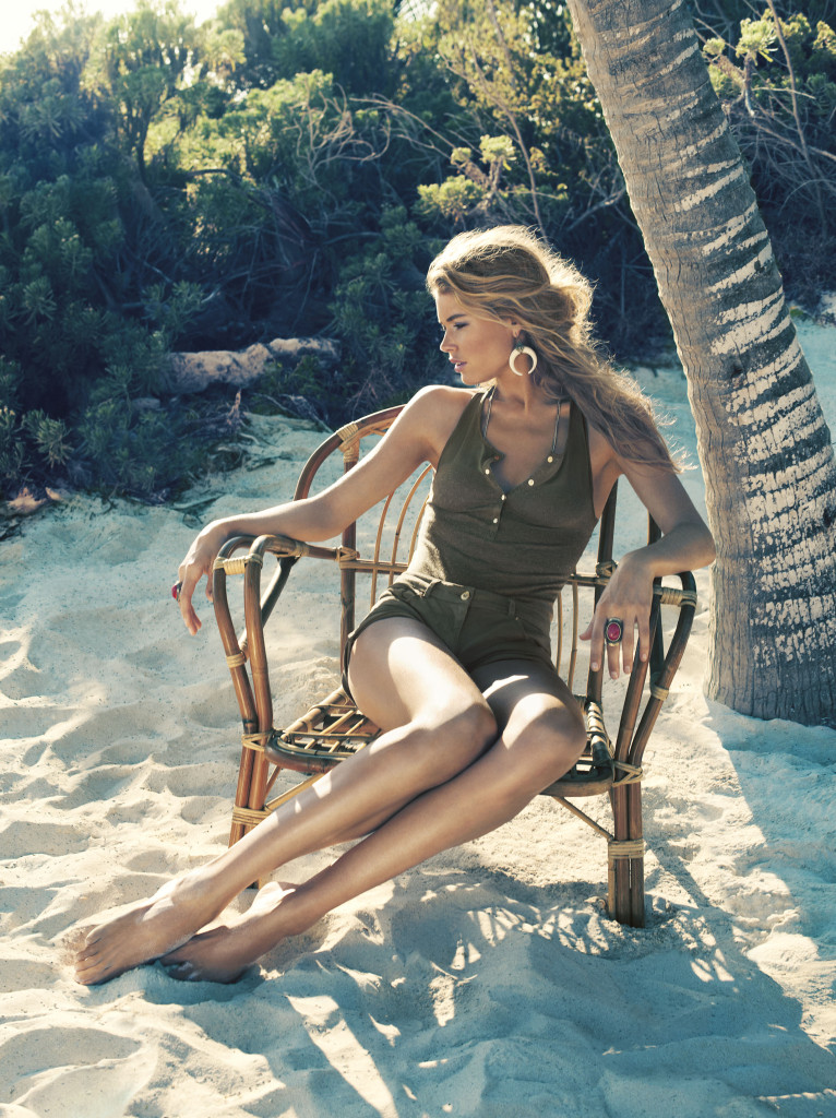 Doutzen-Kroes-HM-swimwear-5-766x1024