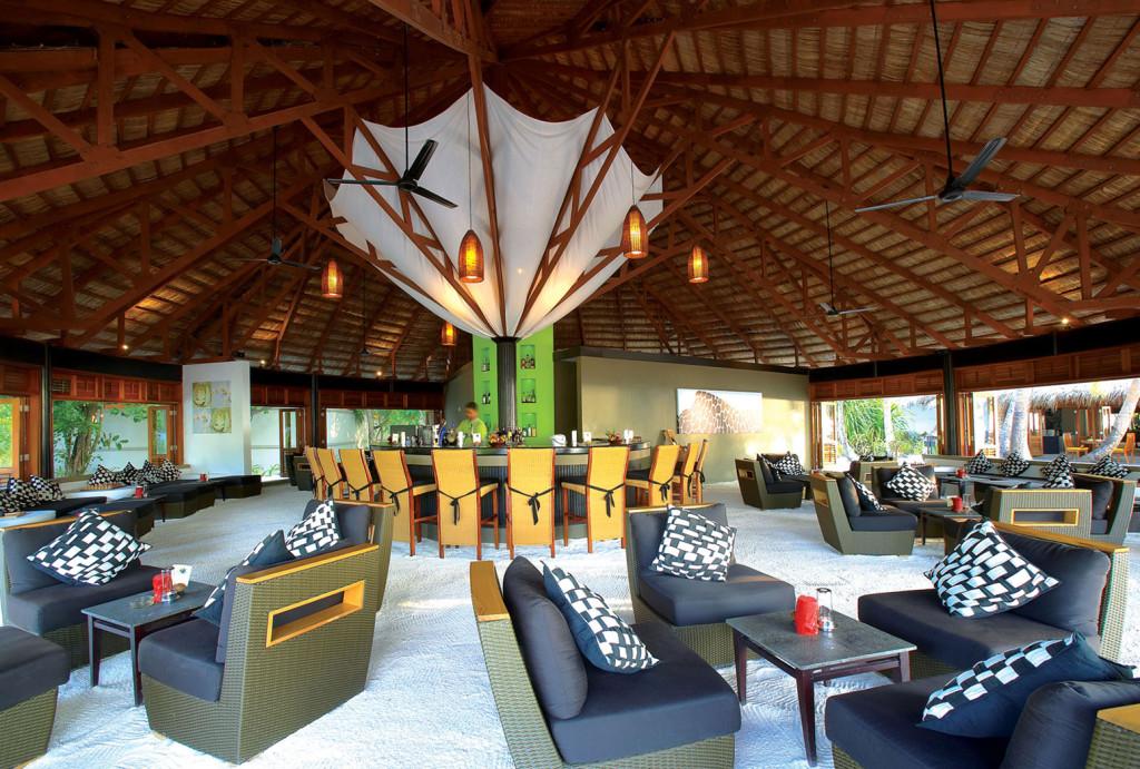 Angsana-Velavaru-Maldives-19-1024x691