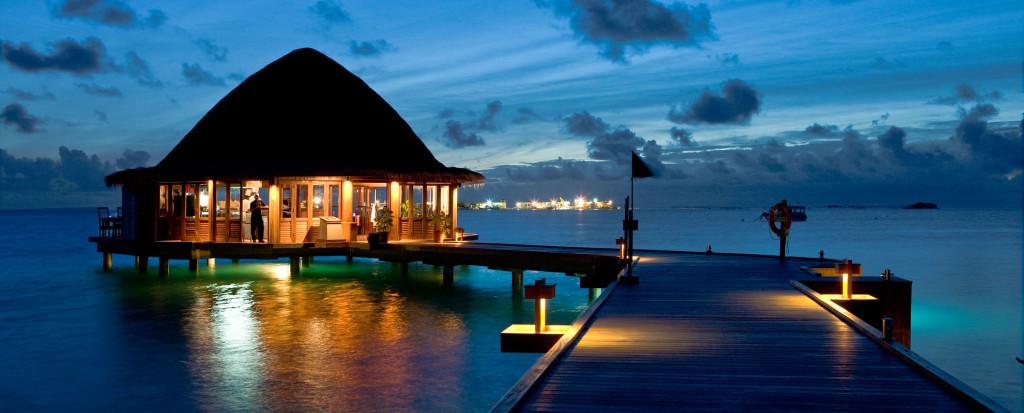 Angsana-Velavaru-Maldives-32-1024x413