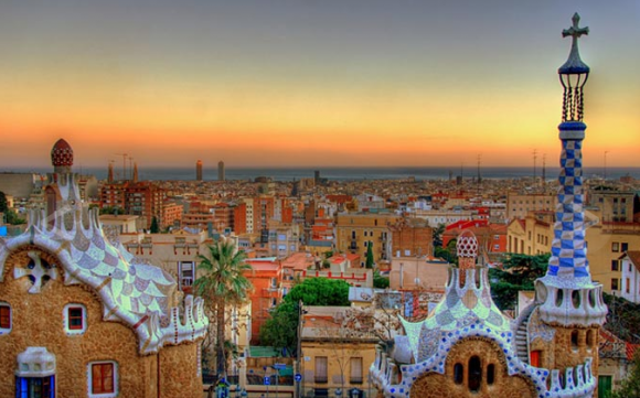 Parc-Guell-is-situated-at-Barcelona-Spain-580x361