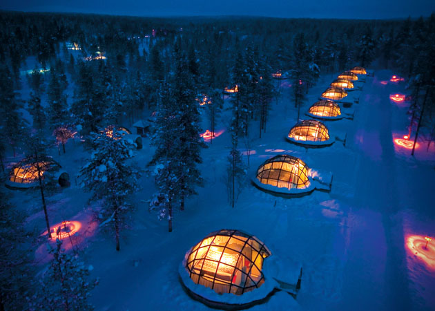 Hotel-Kakslauttanen-Glass-Igloo-Village-Hotel-in-Finland-1