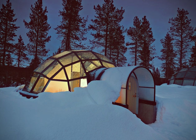 Hotel-Kakslauttanen-Glass-Igloo-Village-Hotel-in-Finland-2