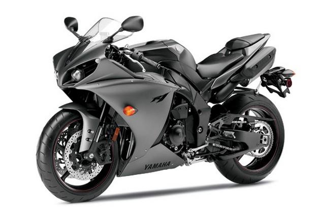 2013-Yamaha-YZF-R1-8