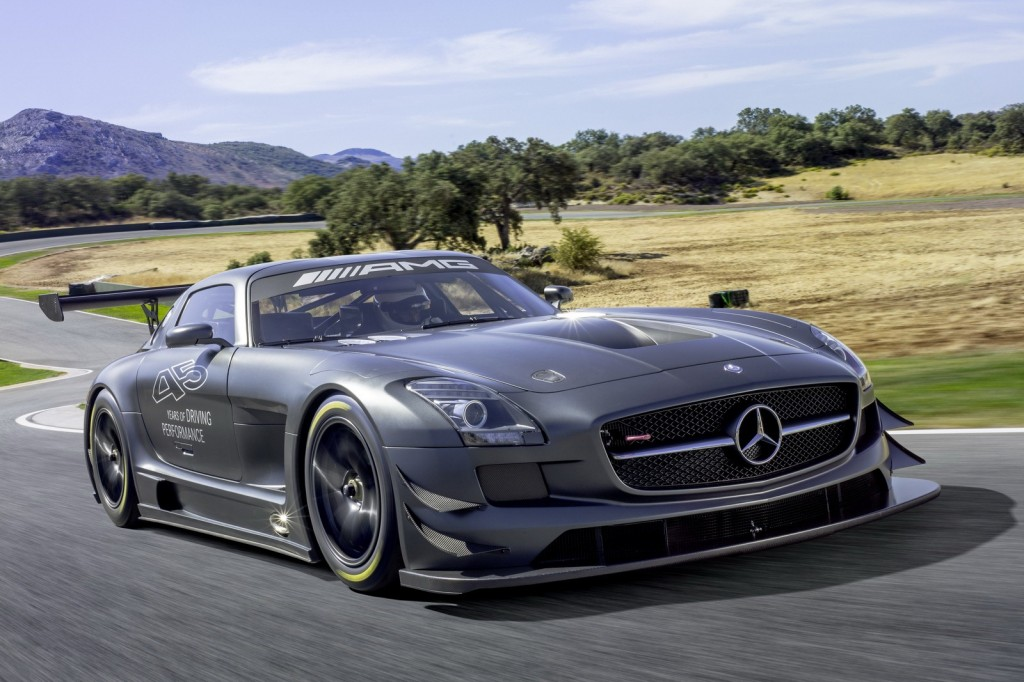 Mercedes-Benz-SLS-AMG-GT3-45th-Anniversary-Edition-2-1024x682