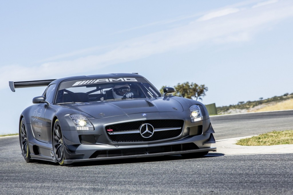 Mercedes-Benz-SLS-AMG-GT3-45th-Anniversary-Edition-3-1024x682