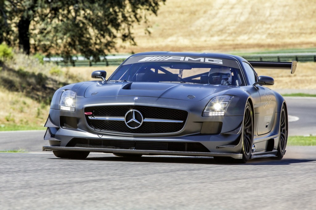 Mercedes-Benz-SLS-AMG-GT3-45th-Anniversary-Edition-4-1024x682