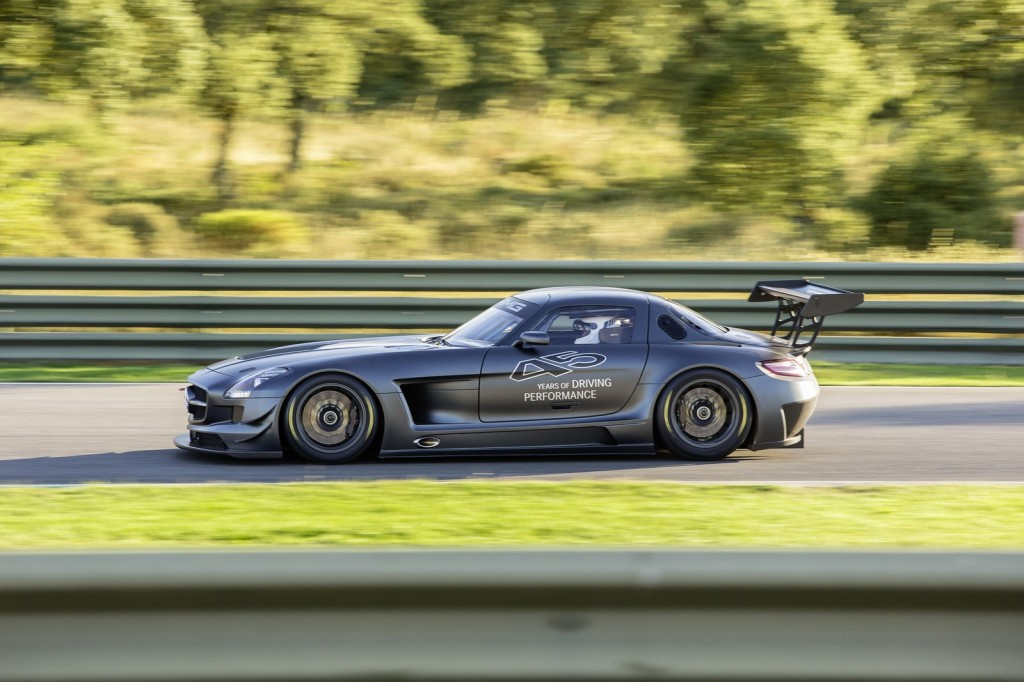 Mercedes-Benz-SLS-AMG-GT3-45th-Anniversary-Edition-6-1024x682
