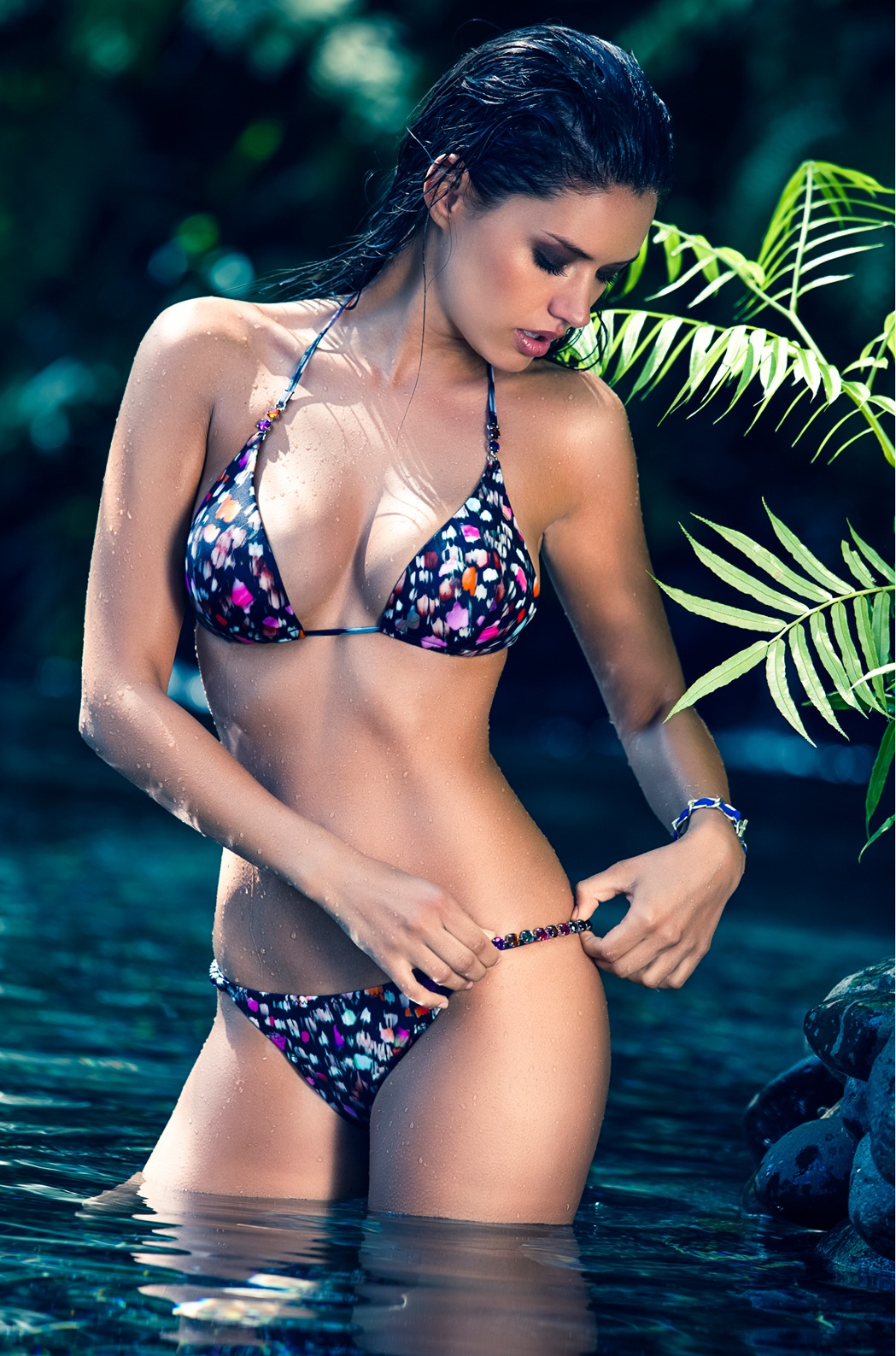 Michea-Crawford-pain-du-sucre-swimwear-2