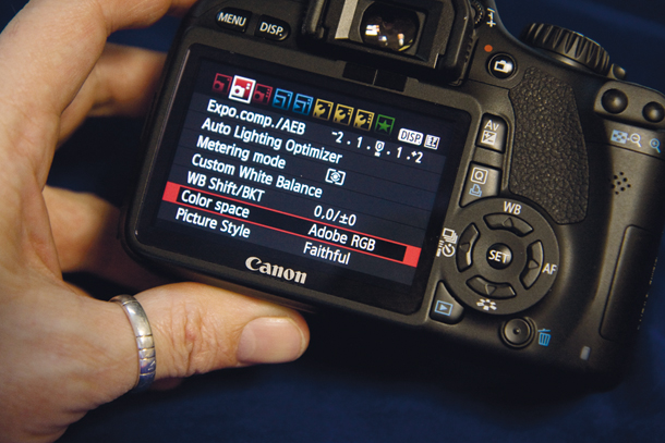 Canon DSLRs camera tips CAN47.college.homework MG 8572