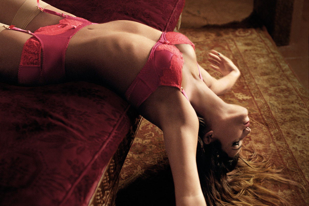 Monica-Cruz-Agent-Provocateur-5