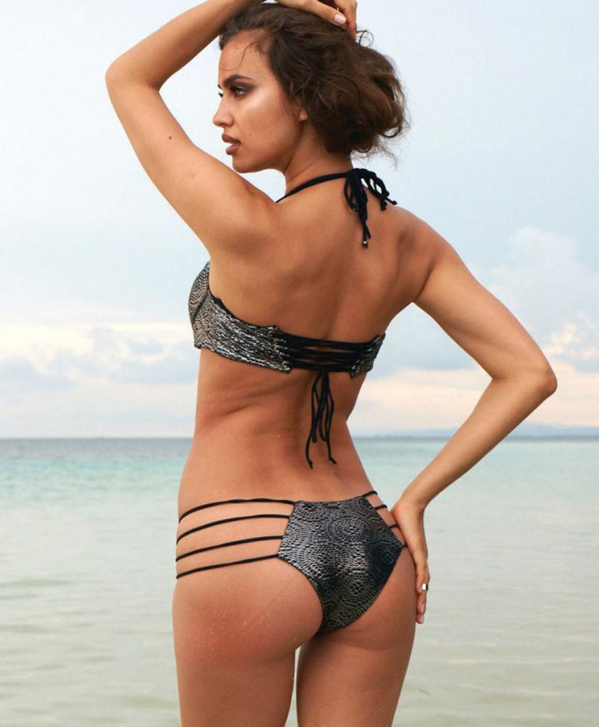 Irina-Shayk-Beach-Bunny-Swimwear-12-844x1024