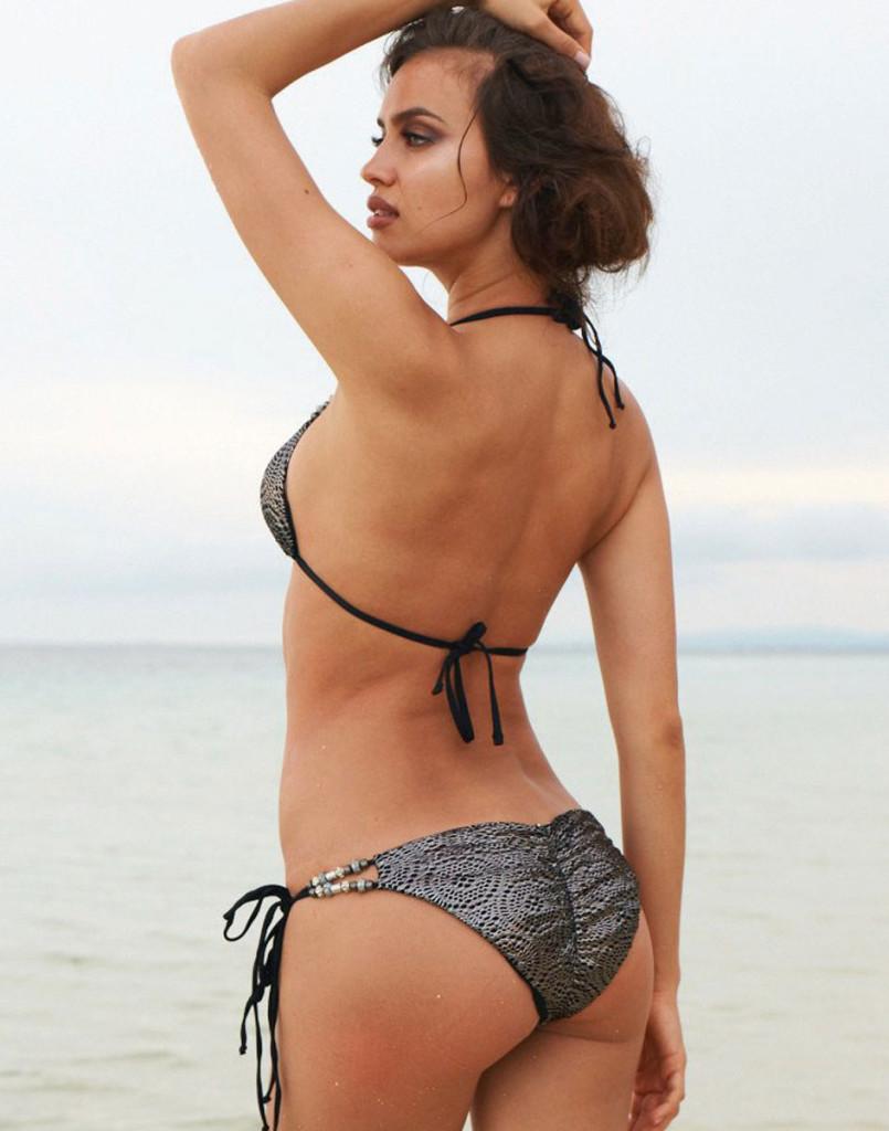 Irina-Shayk-Beach-Bunny-Swimwear-14-805x1024