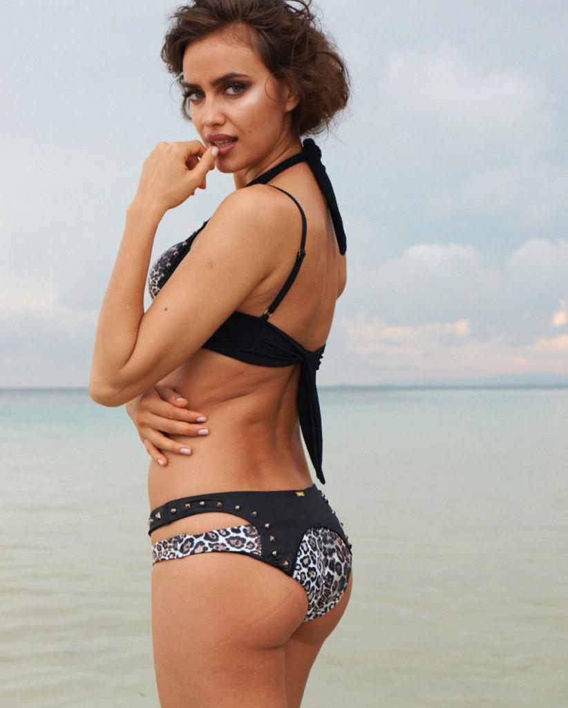 Irina-Shayk-Beach-Bunny-Swimwear-16-822x1024