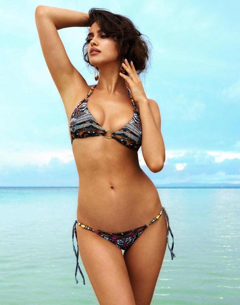 Irina-Shayk-Beach-Bunny-Swimwear-5-804x1024