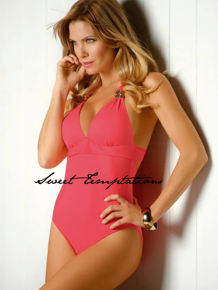 Sofia-Zamolo-Sweet-Temptation-swimwear-3