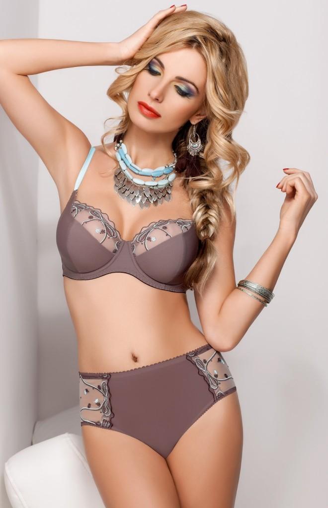 Sandra-Brec-Sawren-lingerie-10-660x1024