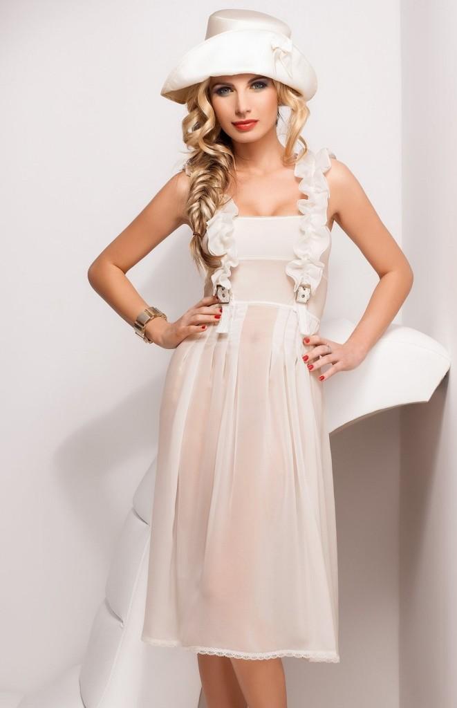 Sandra-Brec-Sawren-lingerie-25-661x1024