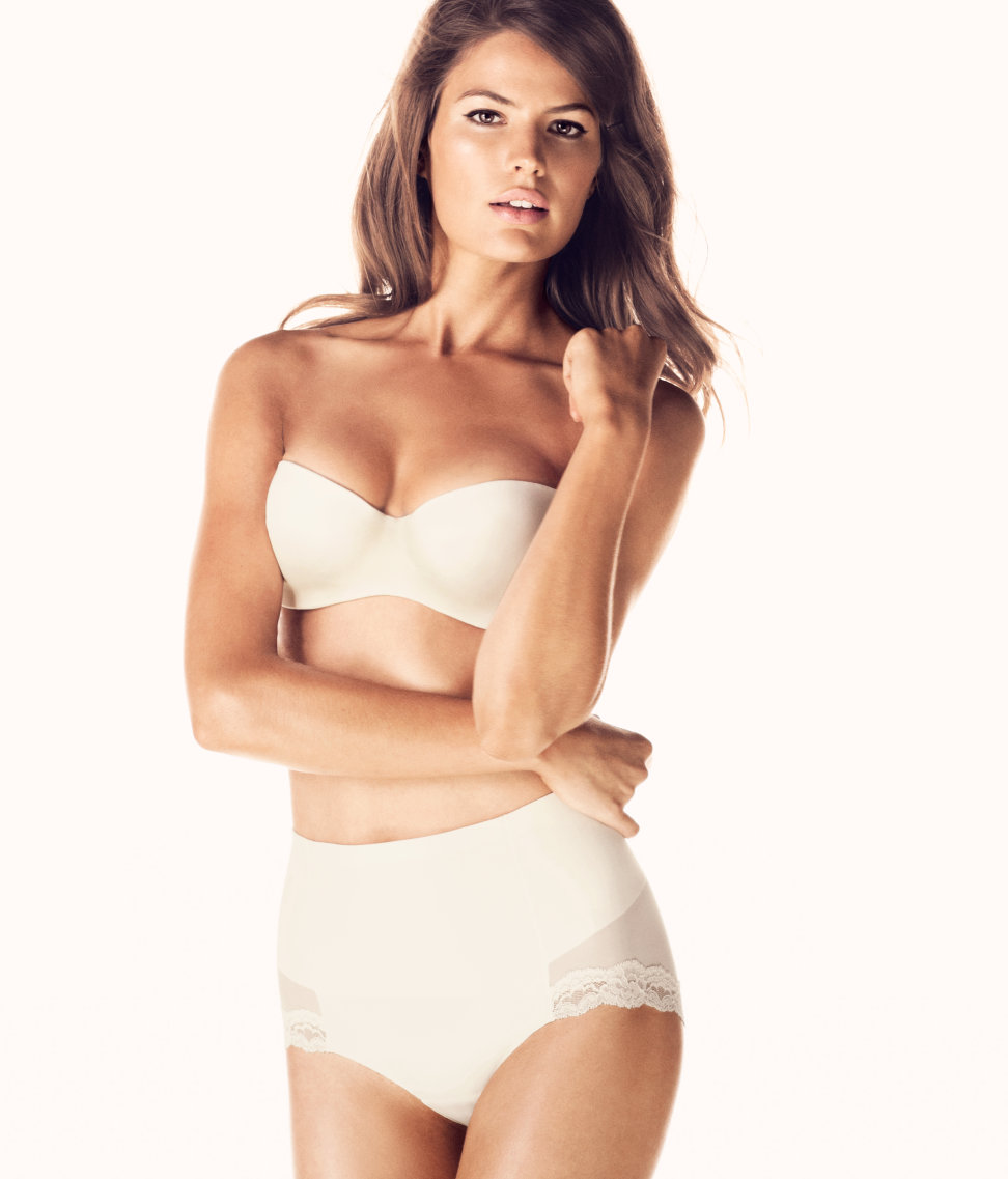 Cameron-Russell-HM-lingerie-1