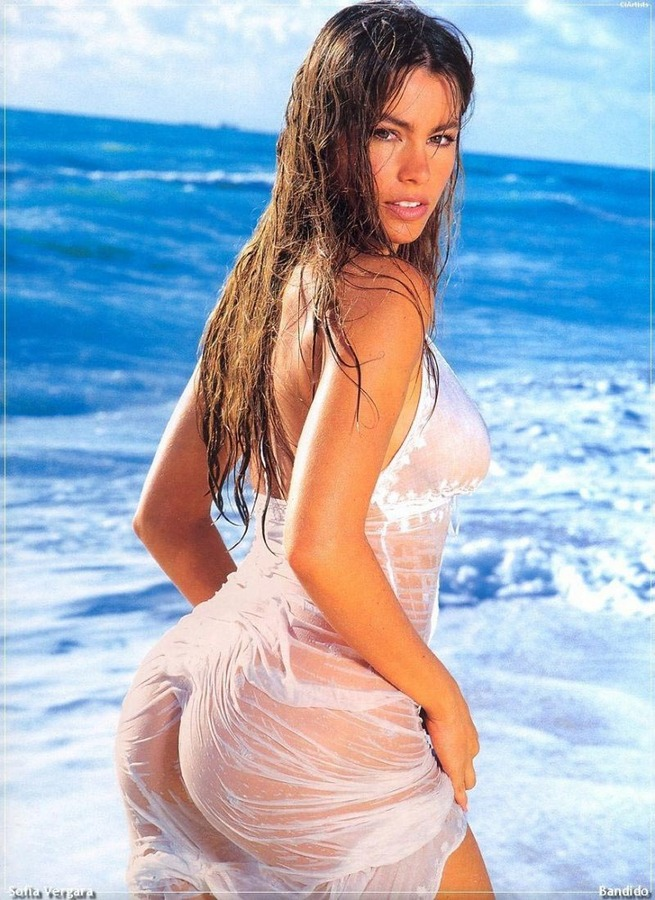 Sofia-Vergara-Hot-23