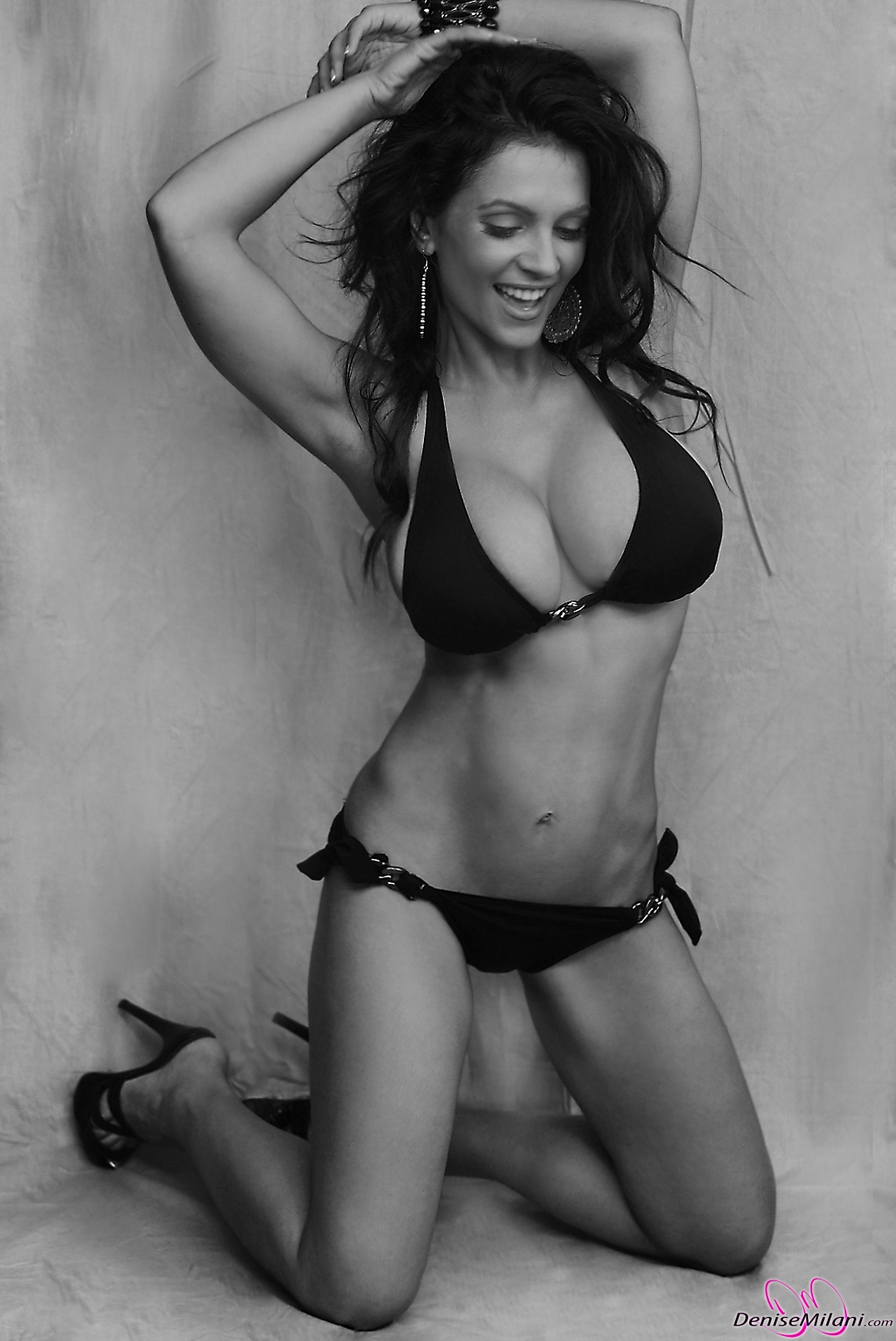 Denise-Milani-Black-and-White-4