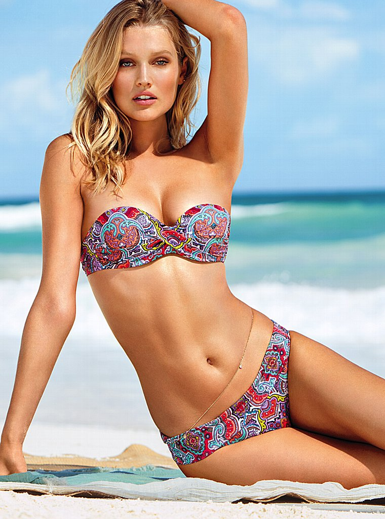 Toni-Garrn-VS-swimwear-3
