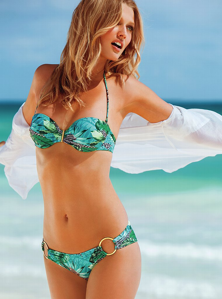Toni-Garrn-VS-swimwear-6
