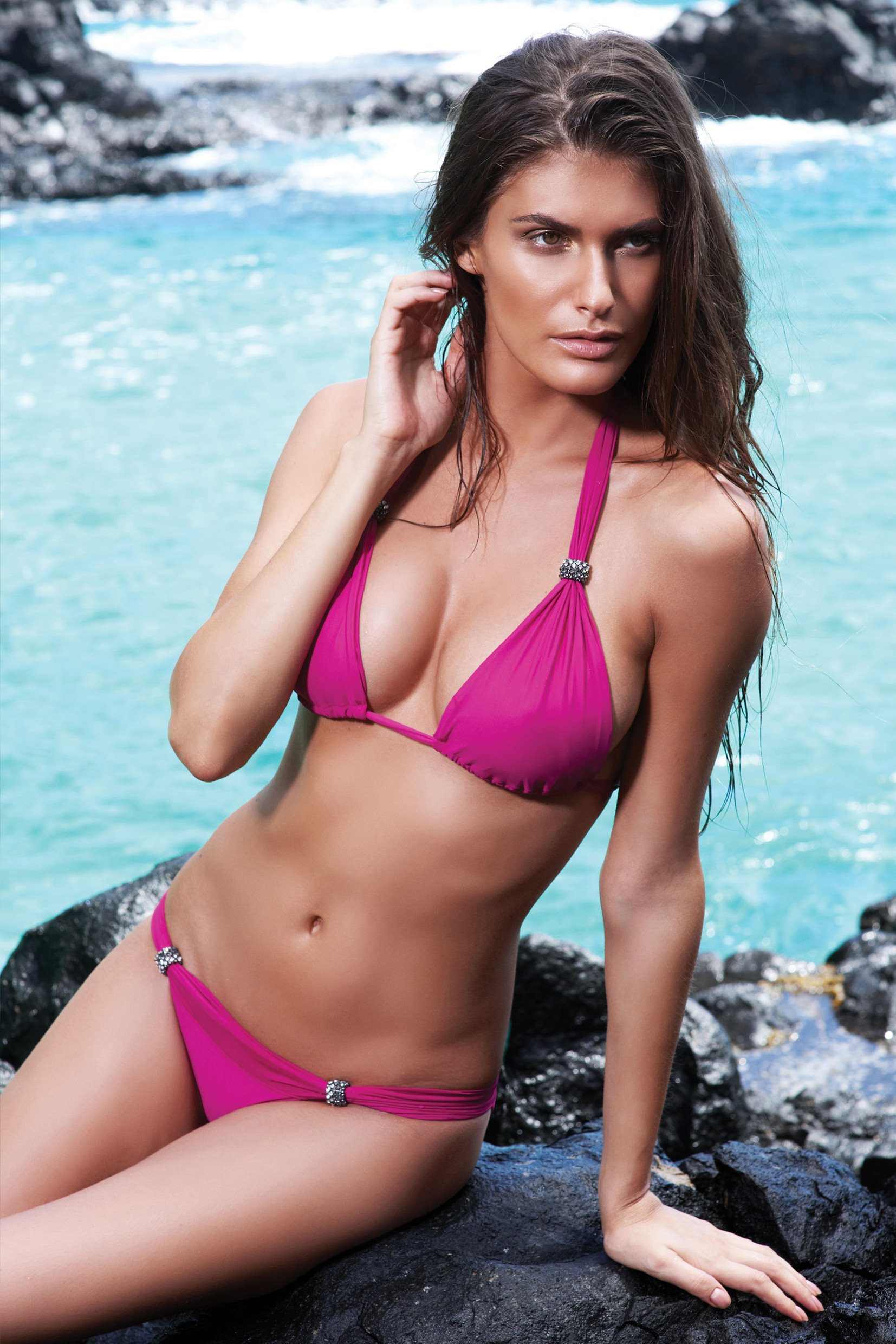 Caroline-Francischini-despi-swimwear-2