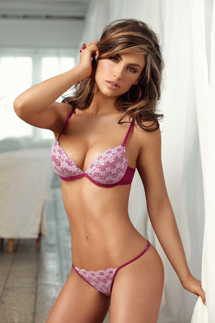 Jessica-Cediel-lingerie-2