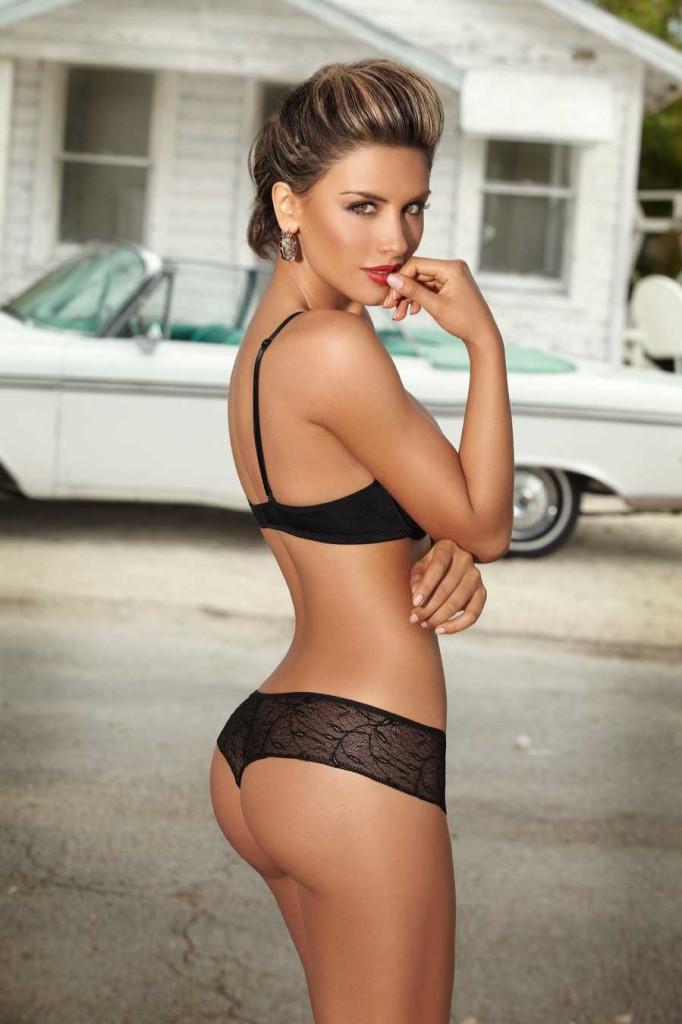 Jessica-Cediel-lingerie-59-682x1024